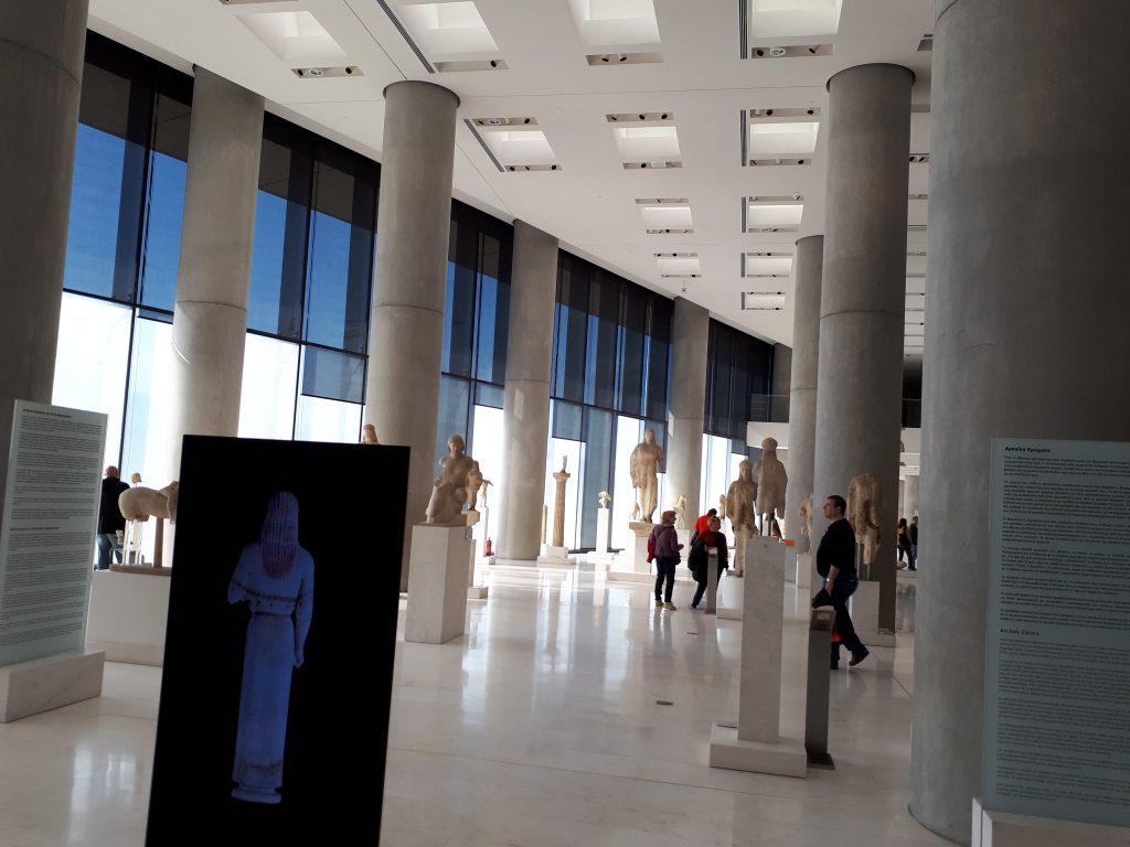 אחד מאולמות התצוגה