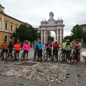 רוכבי מלון אופניים