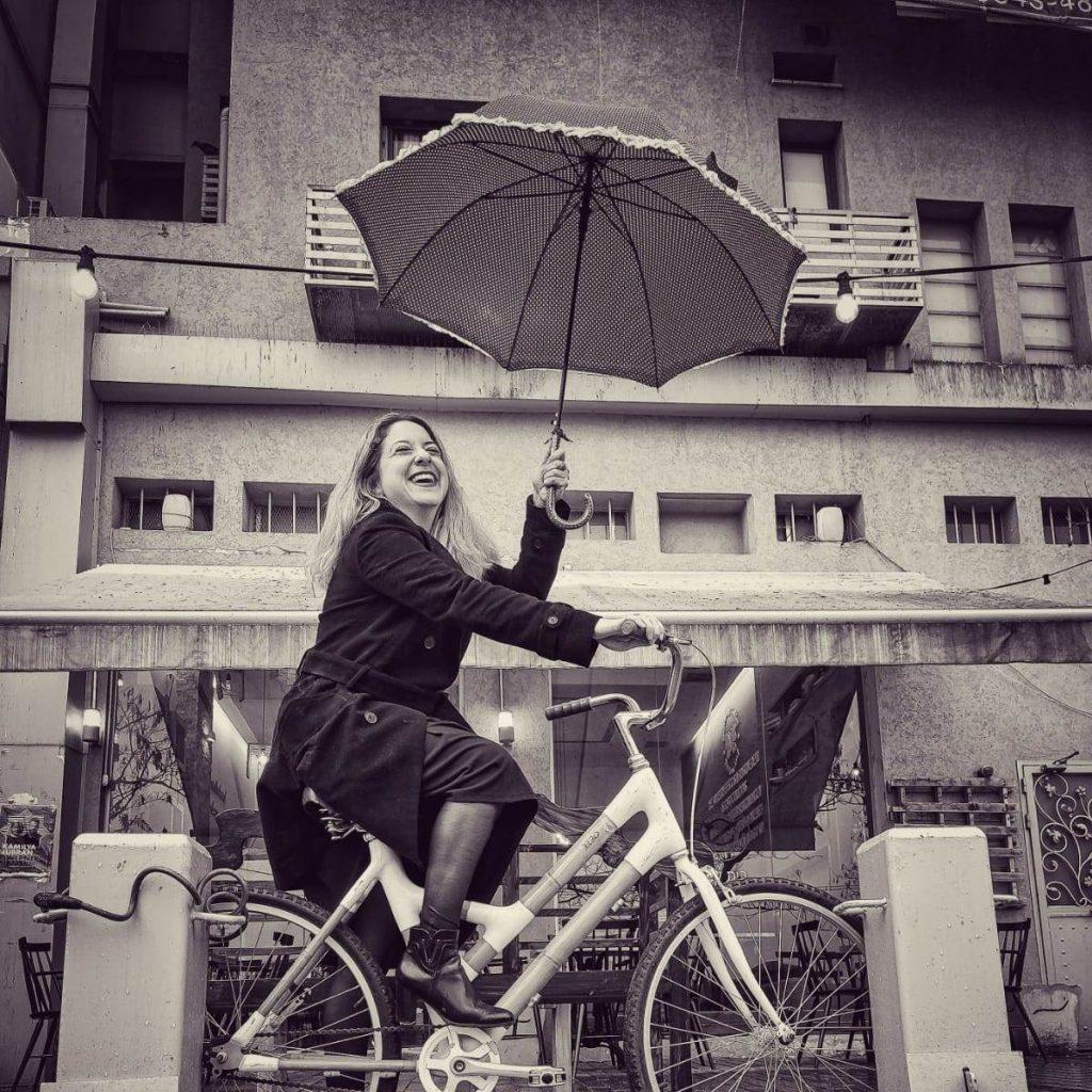 מיכל על אופניים